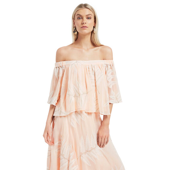 Layered Frill Palm Top
