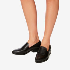 Kate Loafer  BLACK  hi-res