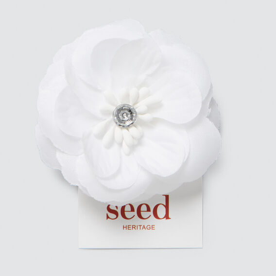 Soft Flower  WHITE  hi-res