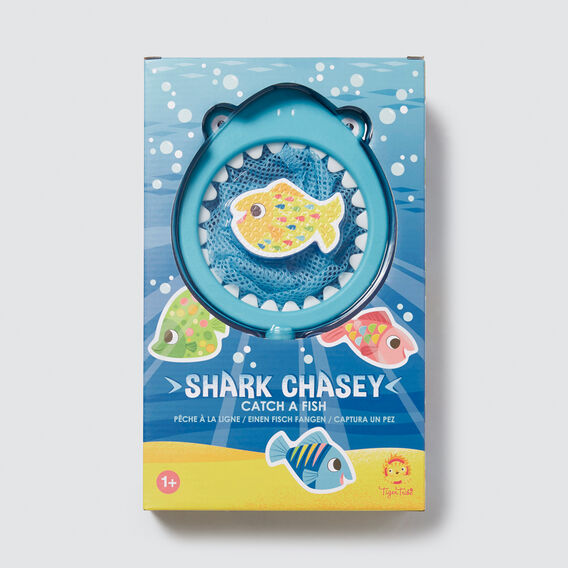 Shark Chasey  MULTI  hi-res