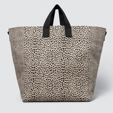 Sports Leisure Tote  BROWN ANIMAL  hi-res