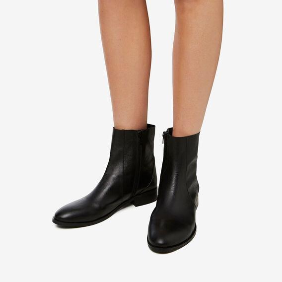 Siena Flat Boot  BLACK  hi-res
