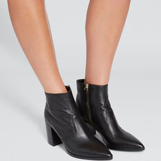 Georgia Block Heel Boot  BLACK  hi-res
