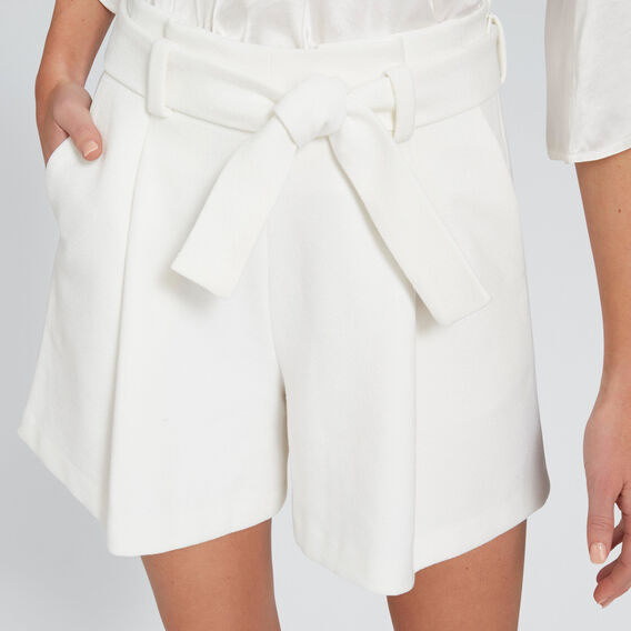 Pleated Short  CLOUD CREAM  hi-res