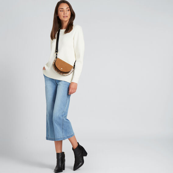 Curve Hem Easy Sweater  CLOUD CREAM  hi-res