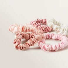 Mini Scrunchie  BLUSH  hi-res