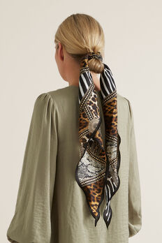 Large Diamond Neck Scarf  MULTI ANIMAL  hi-res