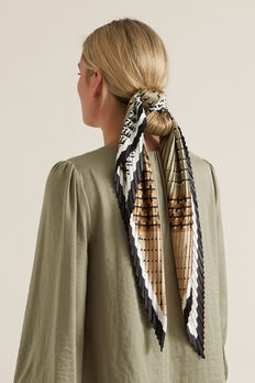 Wide Pleat Neck Scarf  WASHED OLIVE  hi-res