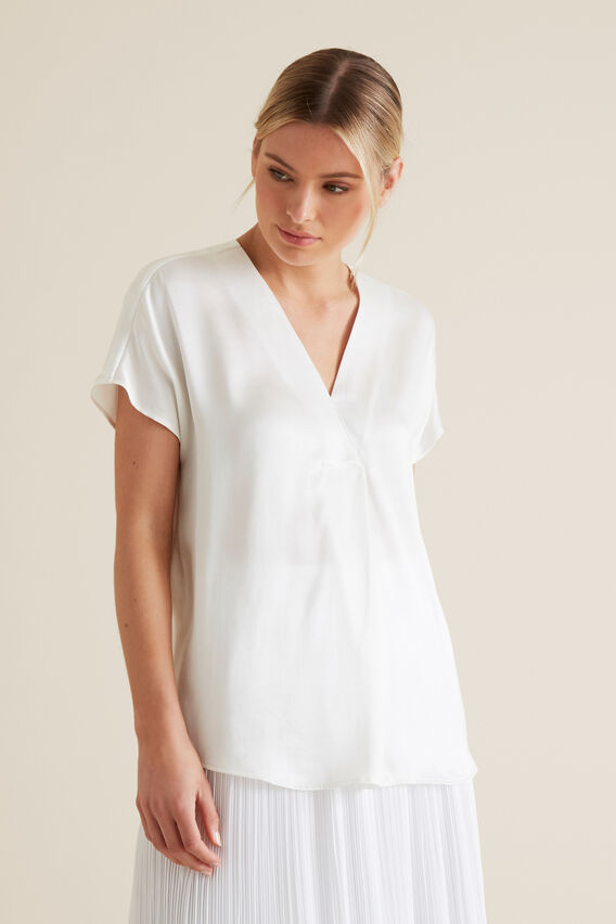 Pleat Front Top  WHISPER WHITE  hi-res