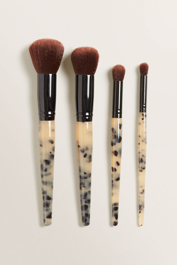 Tort Makeup Brushes  MILKY TORT  hi-res