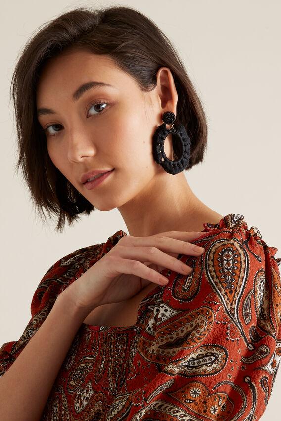 Round Tassel Earring  BLACK  hi-res