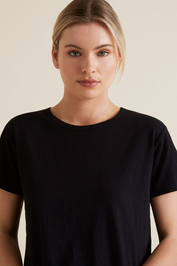 Asymmetric Tee  BLACK  hi-res