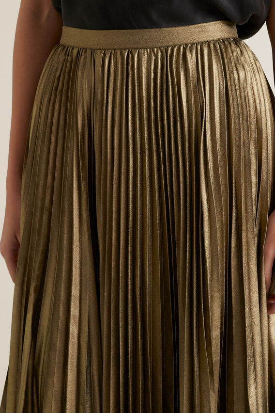 Pleated Lame Skirt  GOLD  hi-res