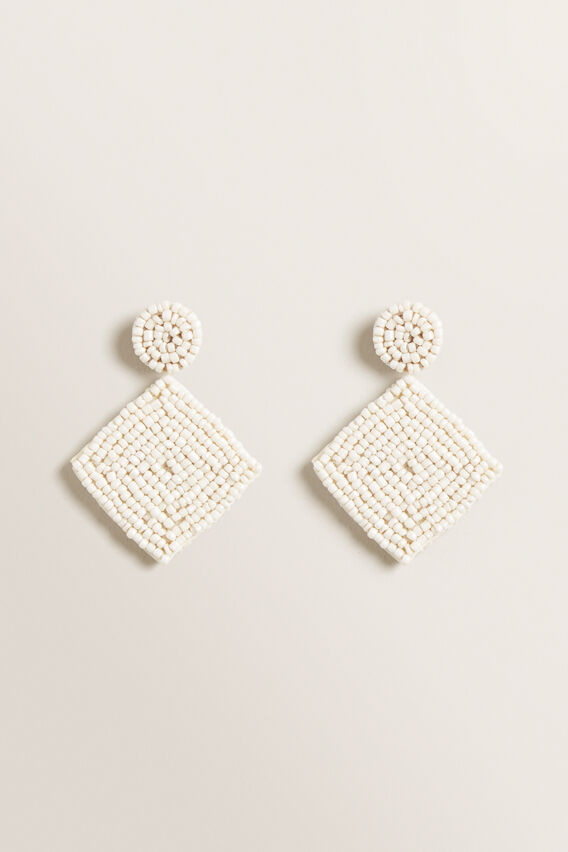 Beaded Diamond Earring  CREAM  hi-res