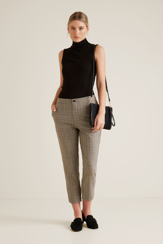 Sleeveless Knit Top  BLACK  hi-res