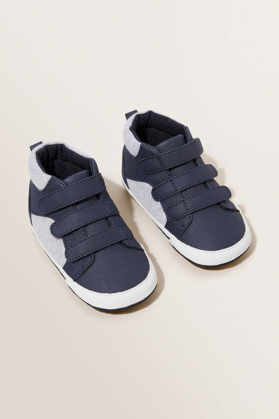 High Top Sneaker  NAVY  hi-res