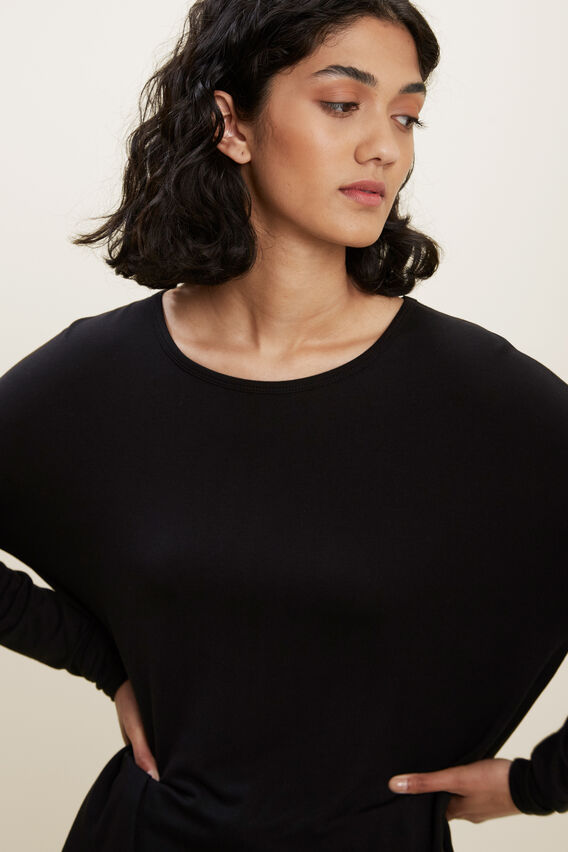 Curve Hem Sweater  BLACK  hi-res