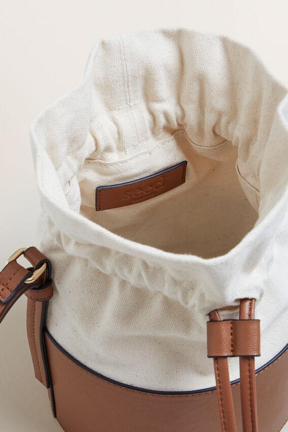 Summer Bucket Bag  CREAM/ TAN  hi-res