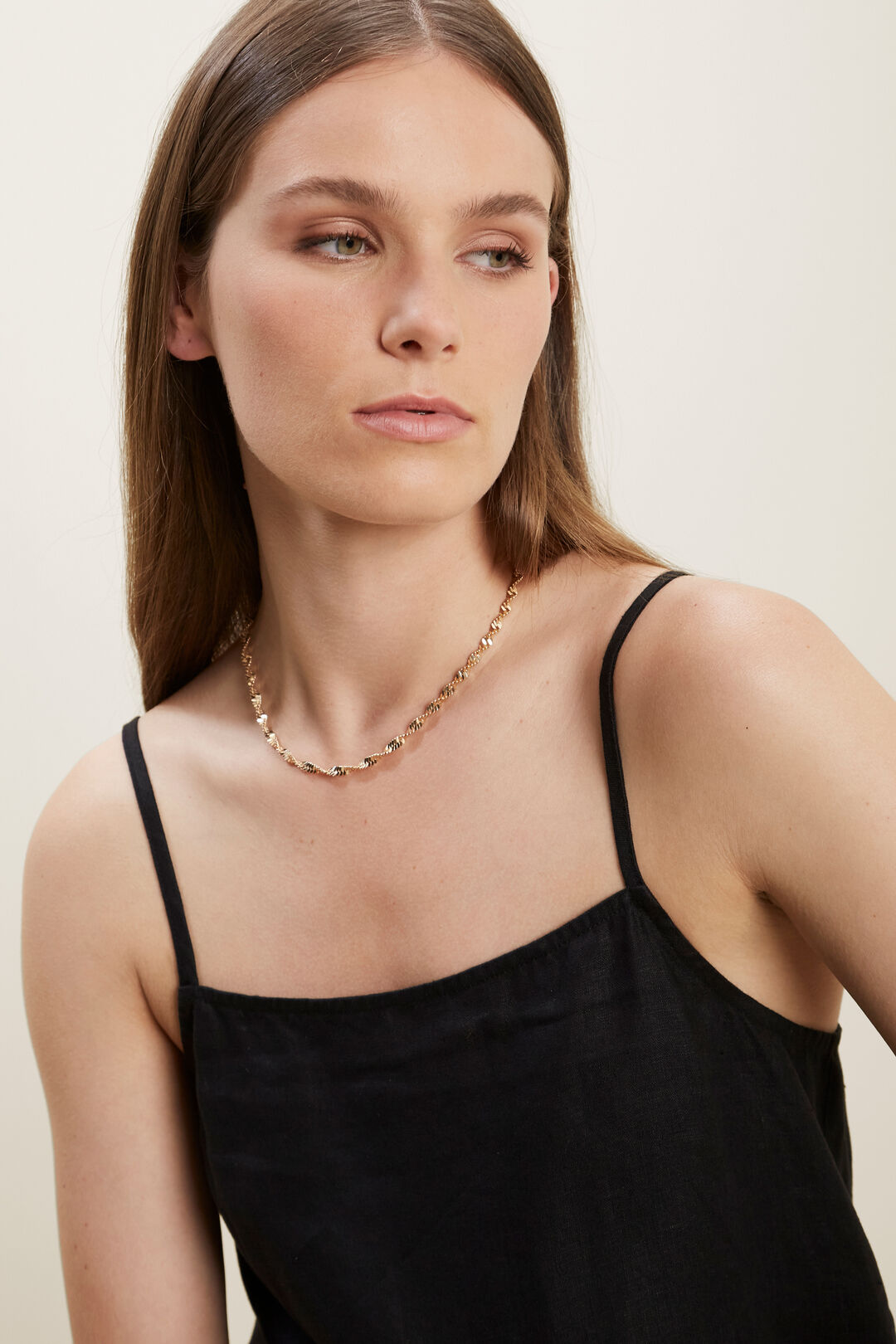 Twisted Necklace  GOLD  hi-res