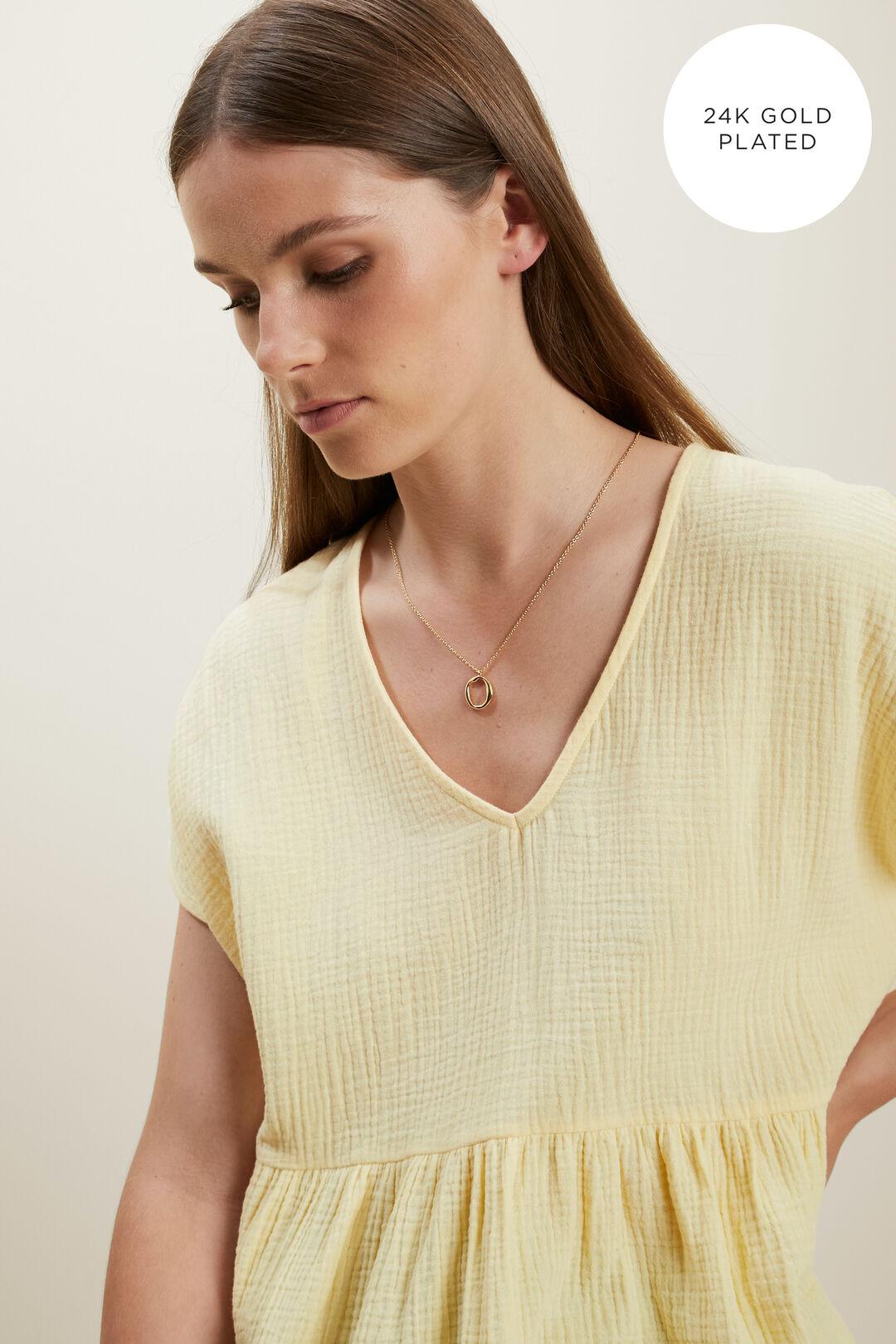 Fine Oval Pendant Necklace  GOLD  hi-res