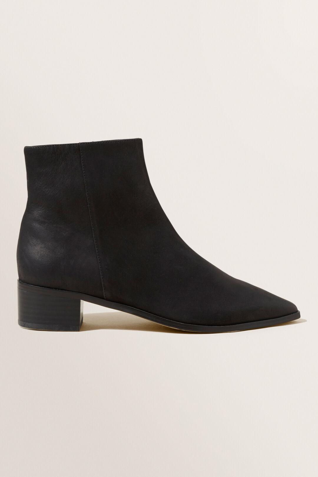 Sophie Boot  BLACK  hi-res