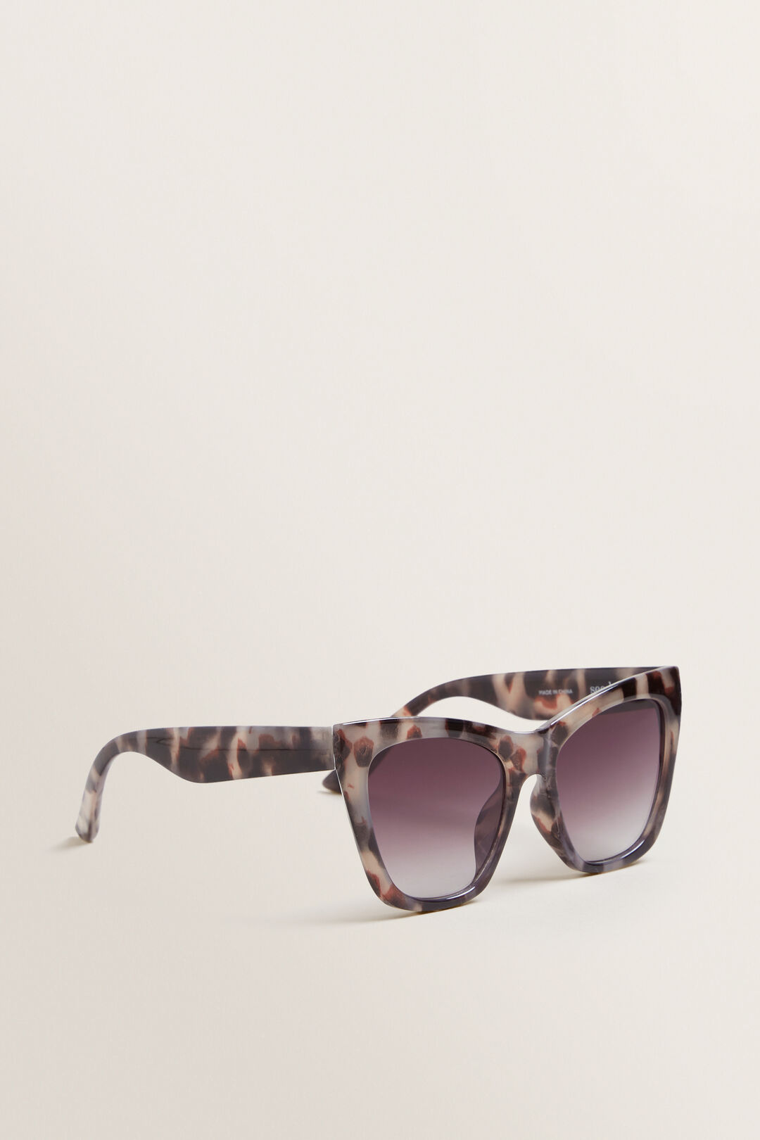 Anna Cateye Sunglasses  MILKY TORT  hi-res