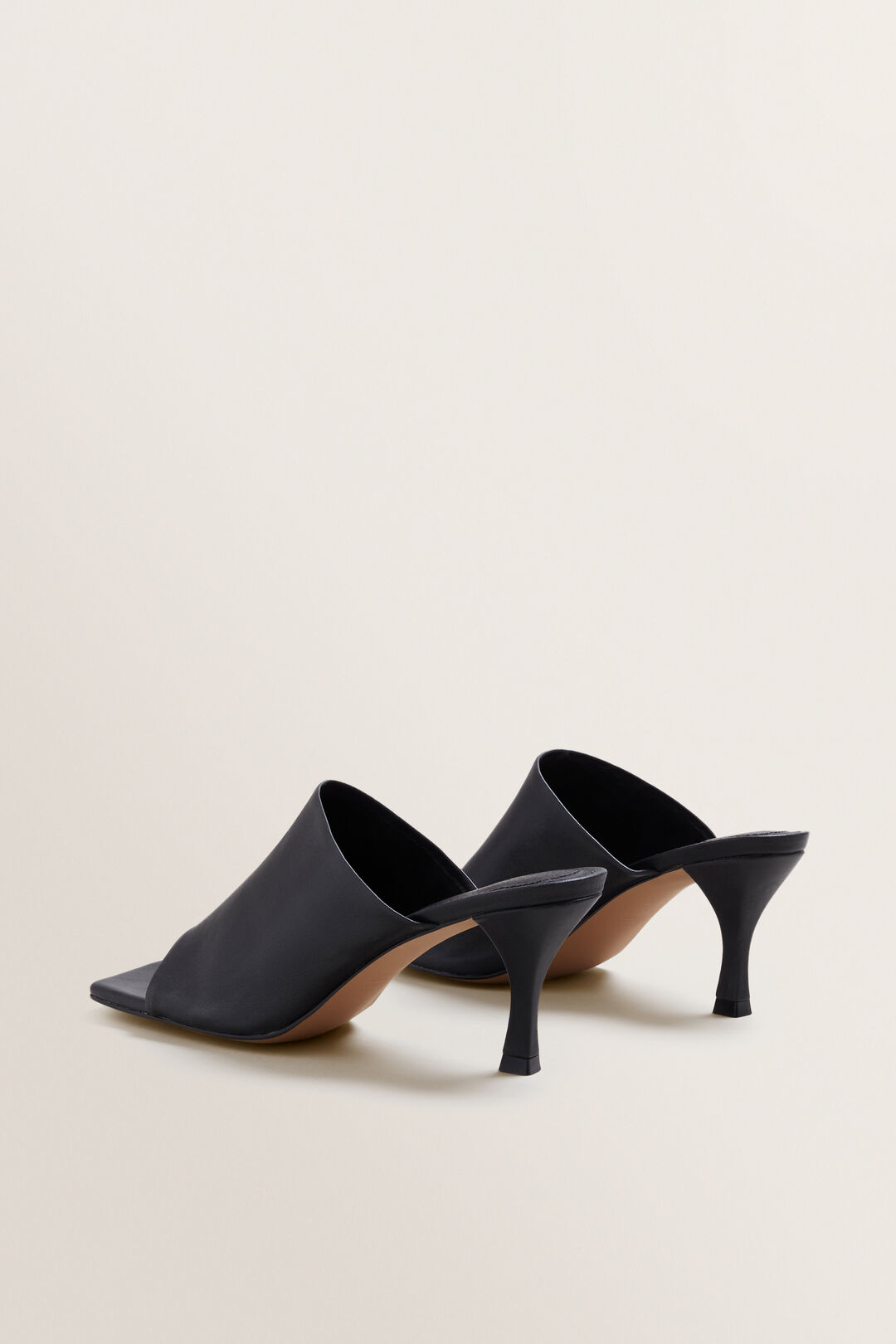 Kelly Leather Mule  BLACK  hi-res