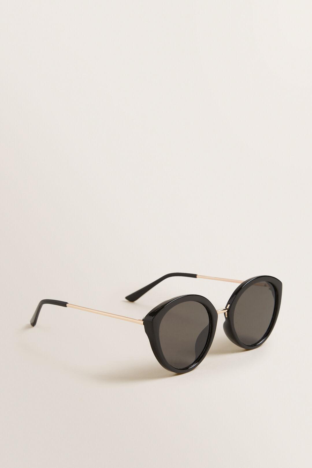 Sarah Cateye Sunglasses  BLACK  hi-res