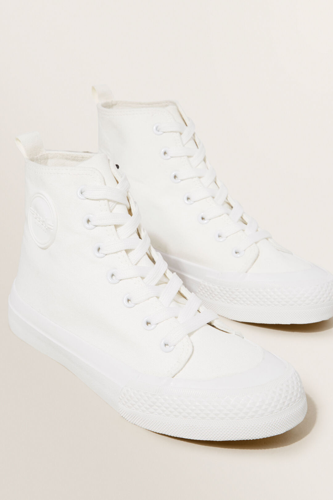 Canvas High-Top  WHITE  hi-res