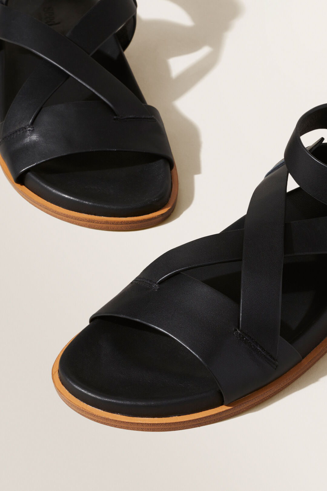 Emery Footbed Sandal  BLACK  hi-res
