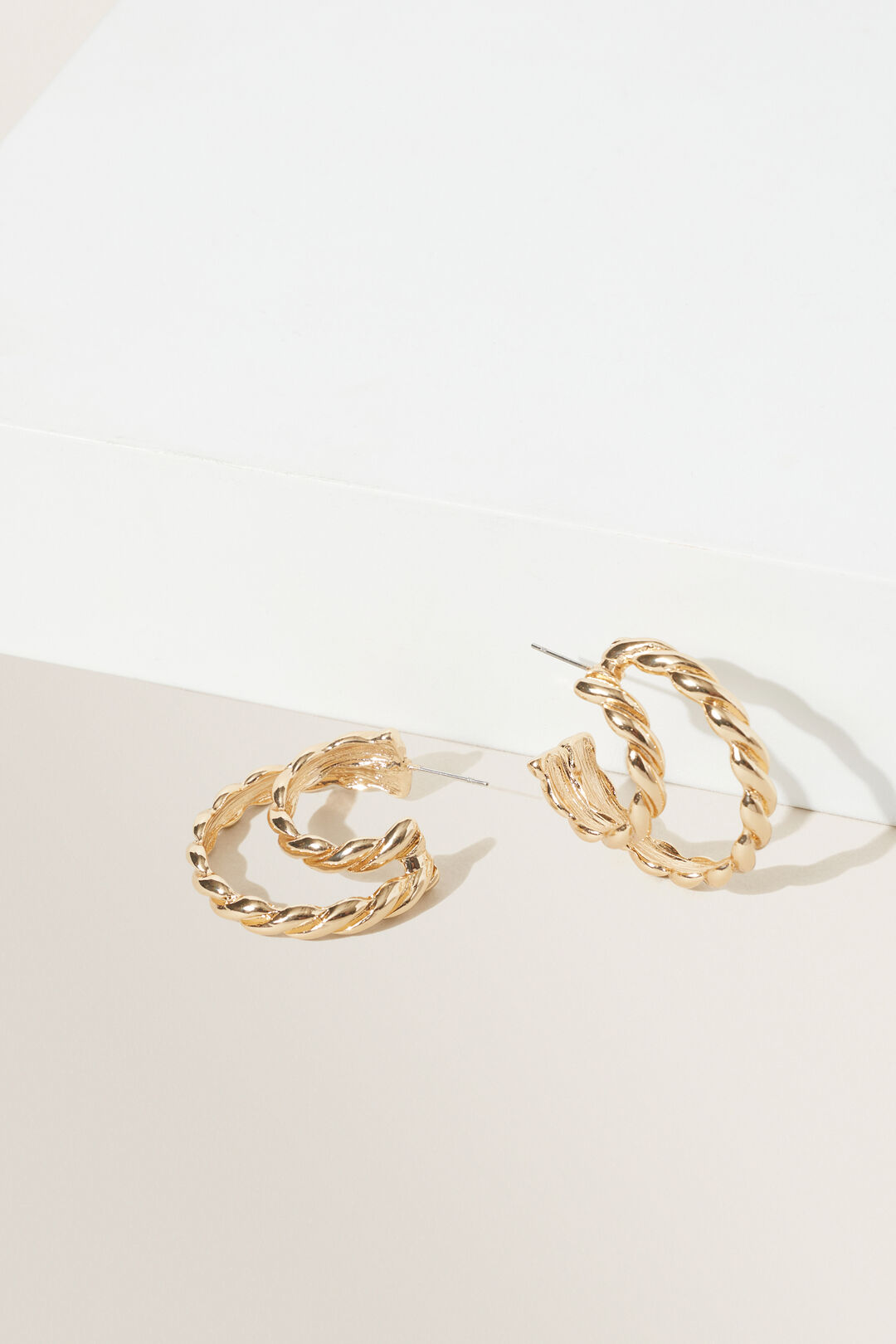 Twisted Double Hoops  GOLD  hi-res