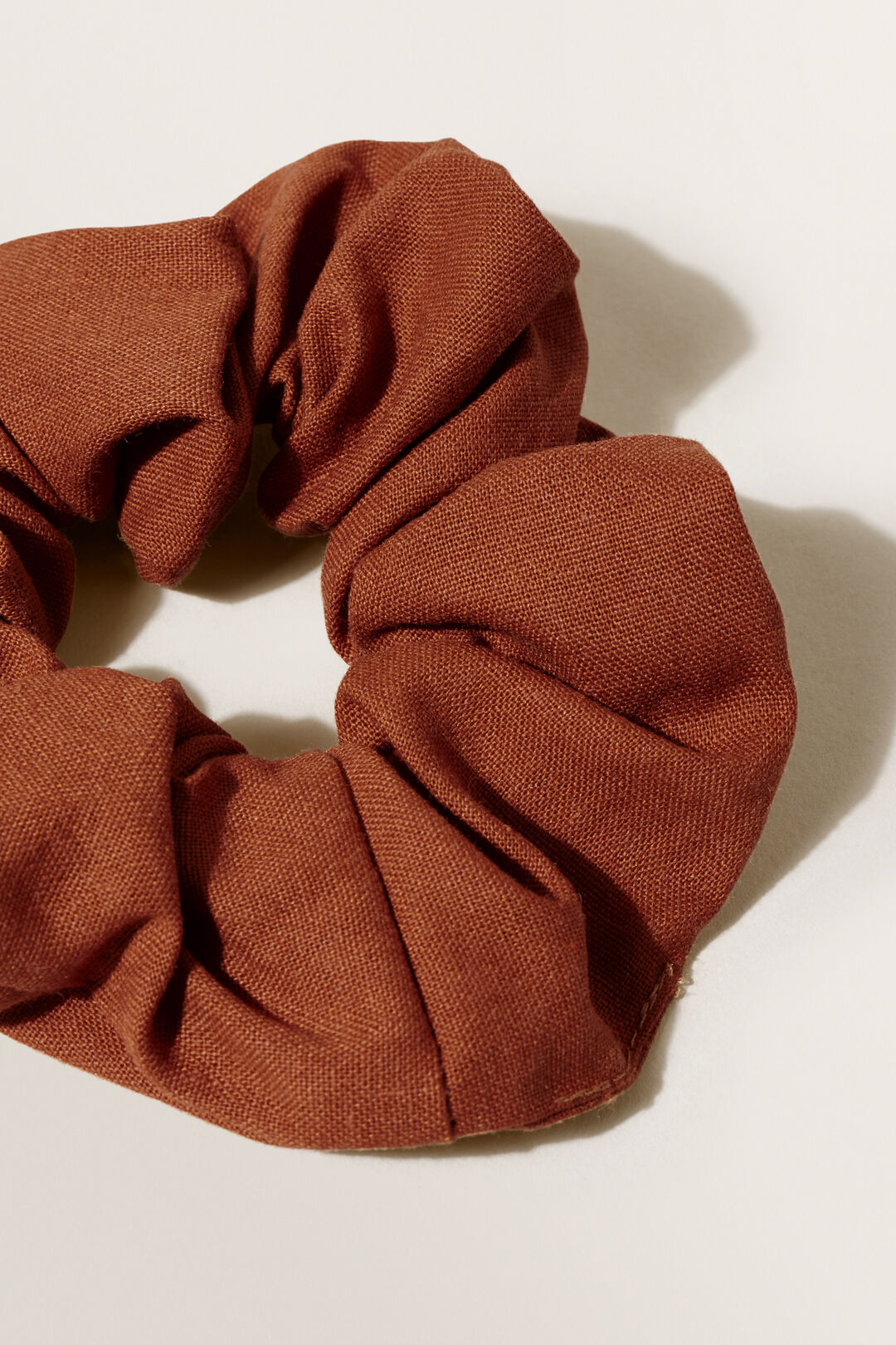 Linen Scrunchie  EARTH RED  hi-res