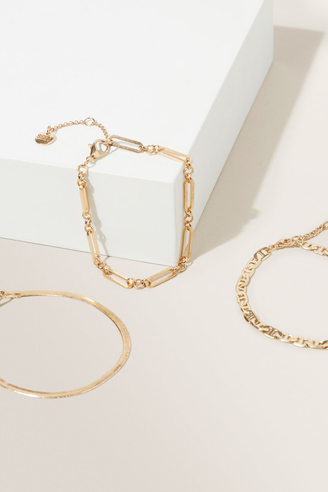 Paper Clip Chain Bracelets  Gold  hi-res