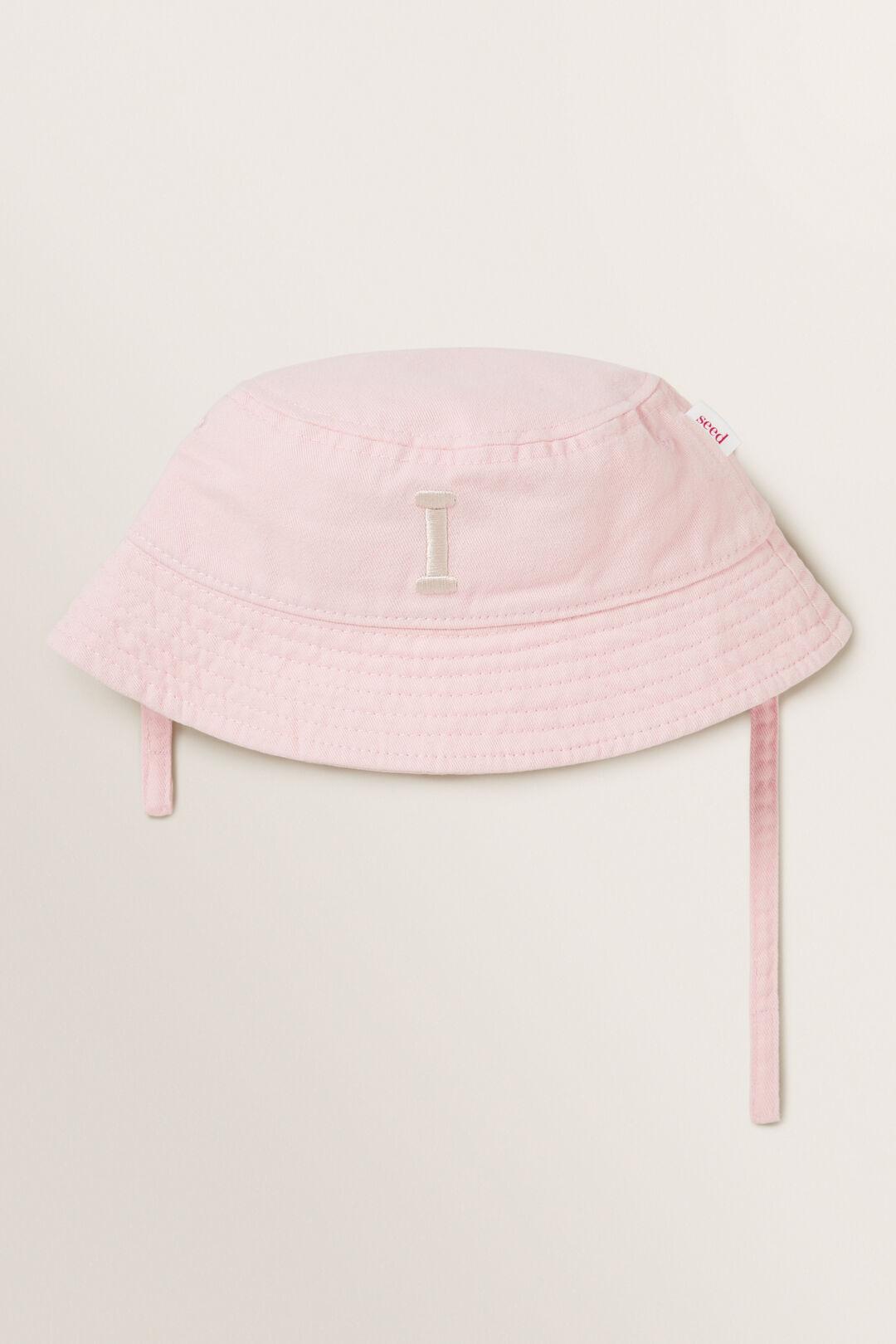 Initial Bucket Hat  I  hi-res