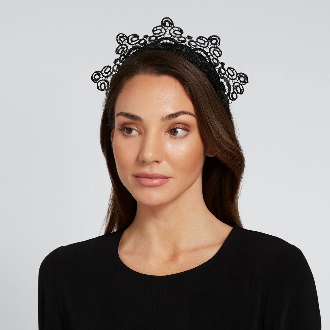 Lace Crown    hi-res
