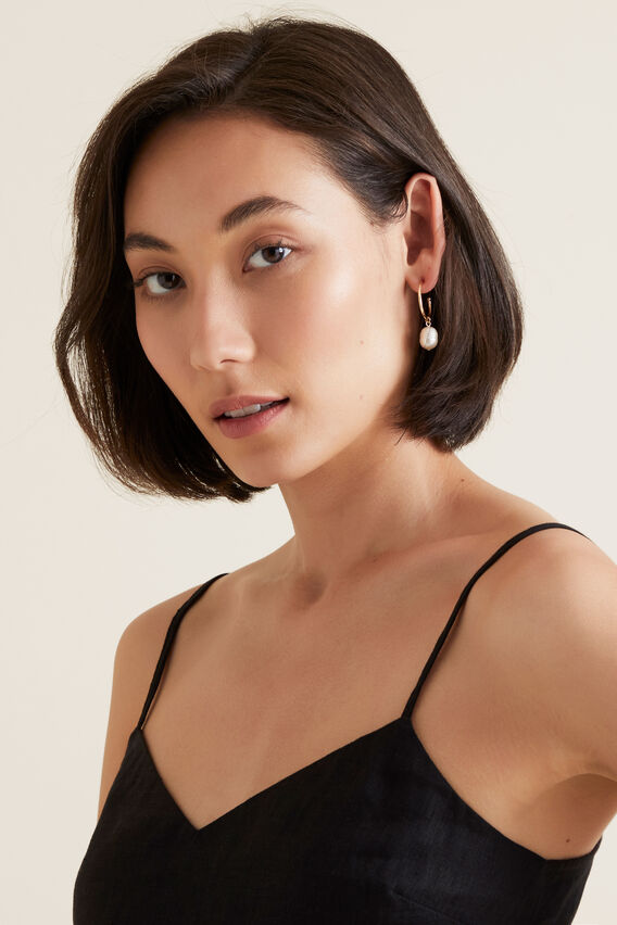 Round Pearl Hoops  GOLD  hi-res